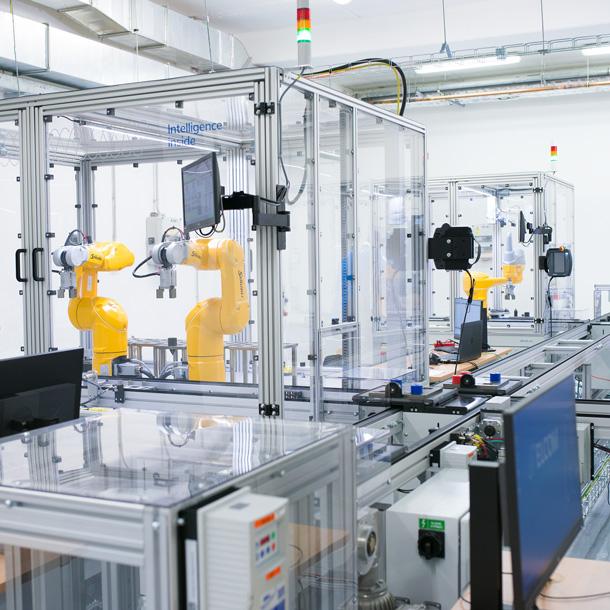 Nová robotizovaná technologická linka na Univerzitě Tomáše Bati ve Zlíně
